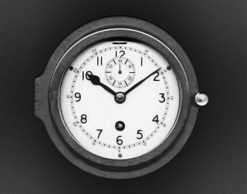Aircraft chronometer for the Royal Air Force